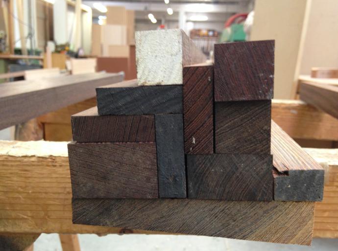 ermes ponti: tavolo wenge su misura